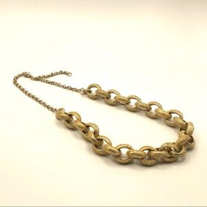 BANANA REPUBLIC GOLD TONE CHAIN LINK NECKLACE